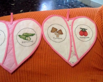 Pair of heart-shaped pot holders