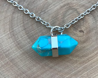 SALE Turquoise Howlite Pendant Necklace    Boho Necklace    Turquoise Pendant
