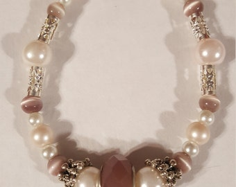Muted Pink and Pearl Bracelet