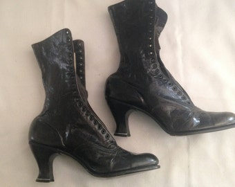 Vintage New Lace Up Boots