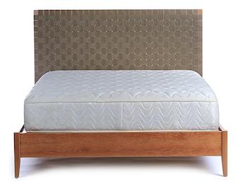 Weaver Bed
