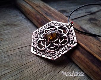 Sacred Geometry copper pendant with amber - HYPERSPACE - handcrafted jewellery