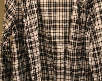 BLACK/WHITE Plaid Flannel XXL 2XL
