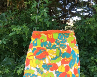 Handmade Clothespin Bag Vintage UpCycled Plastic Lined Salvaged Open Mouth Clothes Pin Bag Frame 1960s