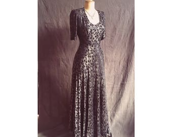 Golden Age of Hollywood 1940s metallic crepe gown