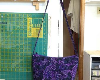 handmade Purple batik purse, zipper closure