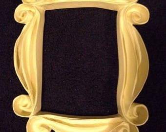 Friends TV Series show Peephole Yellow Frame Seen on Monica's Door - Shipping only 2.20!