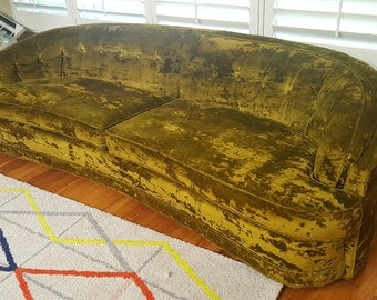 Vintage Mid Century Hollywood Regency Crushed Velvet Green Curved Low Profile Sofa Couch