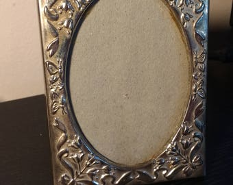 3x4in Silver plated oval photo frame