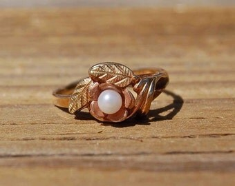 "10K BLACK HILLS GOLD ""genuine Pearl"" Rose Design - Size 4"