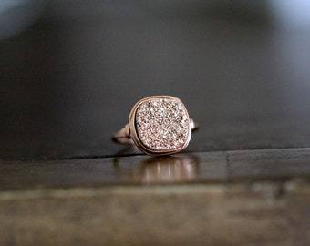 Druzy Cocktail Ring , Rose Gold Gemstone Quartz , Square Cushion Cut , Bezel Wrapped Stacking Fashion  Gift Ideas