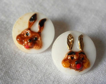 Set of 2 VINTAGE Painted Rabbit Bunny Heads on White Glass BUTTONS