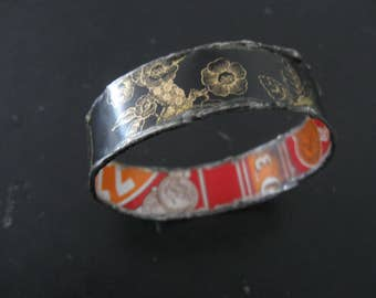 Recycled Tin Bangle Bracelet No.4 - Medium Size - Black and Red
