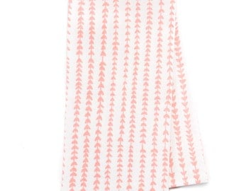 Set of 4 Cotton Dinner Napkins/Vines in Pink