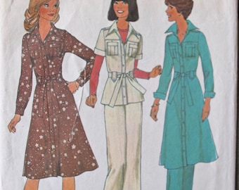 1970's Simplicity 7649 Vintage Sewing Pattern Shirtdress Top and Pants Pleated Safari Pockets Tie Belt  Bust 34""