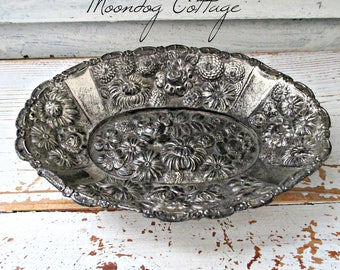 ViNTaGe DeCoRaTiVe SiLVeR DiSH  MaDe IN JaPaN