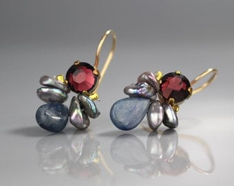 Gemstone Jewelry, Burgundy Swarovski Pearl Bee Earrings, Bezel Set Gemstone Jewelry, Summer Fashion, Copper Gemstone Earrings