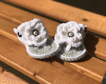 Crochet Baby Girl Sandals with Flower