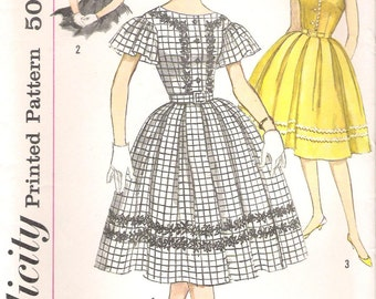 Simplicity 3338 UNCUT 1960s Mad Men Party Dress Vintage Sewing Pattern Full Skirt Cap Sleeve Butterfly Sleeves Bust 31