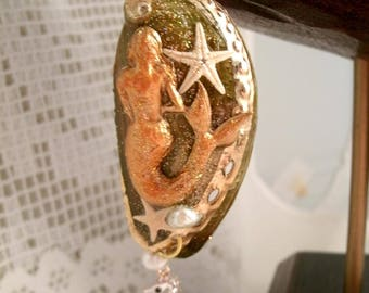 Mermaid Green Abalone Shell Pendant with real starfish Fresh Water Pearls with Rhinestone Enamel Seahorse Charm