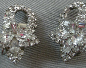 Vintage 1940's Navette Clear Cut Rhinestones Earrings, elegant Rhinestone Earrings, Clip Back Rhinestone Earrings, Art Deco Rhinestones