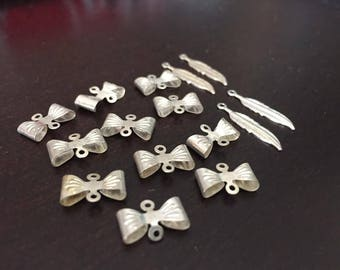Supplies - Silvertone Metal Bow Connectors and Feather Charms