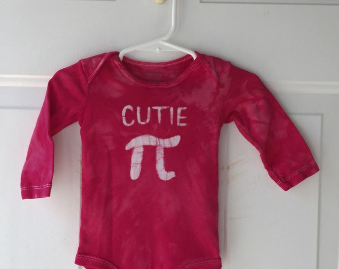 Baby Gift for Engineers, Pi Day Bodysuit for Baby Boys, Pi Day Bodysuit for Baby Girls, Baby Gift for Math Teacher (6 months)