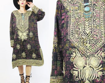 Vintage Embroidered Caftan Dress Hippie Boho Embroidered Dress Ethnic Print Dress Kaftan Muu Muu Tunic Dress Purple Rayon Long Sleeves (M/L)