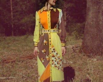 1970s Vintage Paganne Maxi Dress... 70s Paganne Gene Berk Maxidress... Floral Color Block