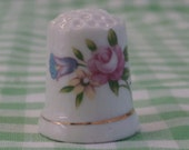 Vintage Porcelain Thimble, Rose Bouquet, Roses and other Flowers, Porcelain Thimble for collecting or crafts