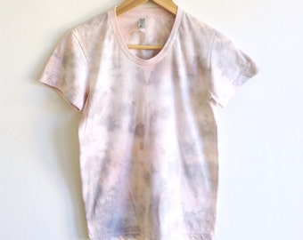 Pink and Gray Womens T-shirt in Crystal Dye Pattern - Small