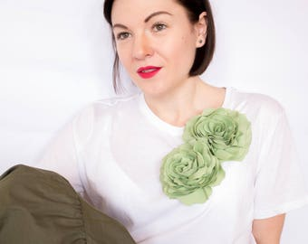 Light green two flower brooch, handmade flowers