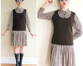 Vintage 1960s Day Dress in Brown Houndstooth Print by Serbin / 60s Brown and Ivory Drop Waist Dress / Small
