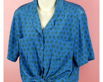VTG S/S Patterned Button Down Top