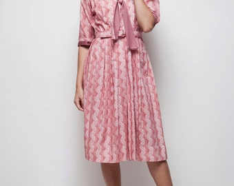 vintage 70s pink botanical-striped pleated bow ascot shirtwaist dress LARGE L