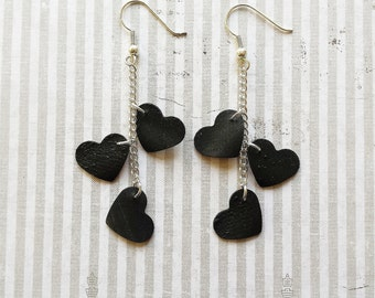 Minimalistic hearts inner tube earrings made of rubber of a Dutch bicycle recycling great gift eco friendly - free shipping