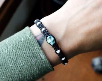 Black and White Skull Hemp Bracelet