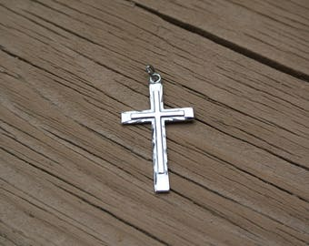 Sale - Cross Pendant Sterling Silver 925 ~ Lovely Detailed Christian Vintage Jewelry / Charm