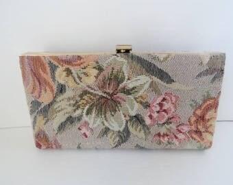 Vintage HANDBAGS/Vintage Beige Tapestry Clutch Bag|Vintage Bridal Tapestry Bag|Cream Clutch Gold Frame Purse|Hand Held Clutch|Made in USA