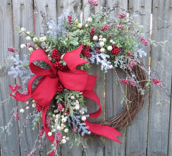 Christmas Wreath Red Burlap Wreath Berry Wreath with Sparkle Icy Holly Christmas Greenery Realistic Artificial Christmas Wreath with Burlap