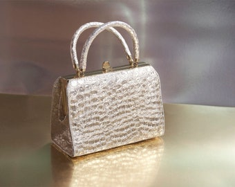 SALE 1960s Silver Metallic Handbag