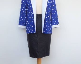 Vintage Light Blazer Blue and White Geometric Pattern