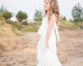 Flower girl dress, boho flower girl dress, Ivory flower girl dress, flower girl dresses, beach flower girl dress, boho girls dress, wedding