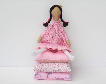 The Princess and the Pea fabric doll cloth doll fairy tale cute handmade princess doll pink brunette stuffed doll play set gift for girl