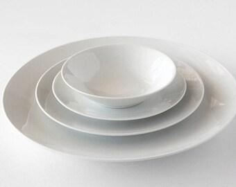 Rosenthal Classic Modern White, Form 2000 four piece place setting, German porcelain minimalist design