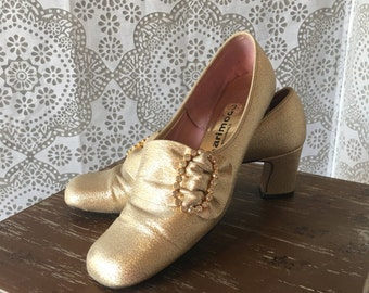 Women's Vintage 1960's Gold Metallic Heels with Rhinestone Buckle Size 7.5 - 8