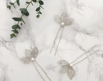 Silver leaf and pearl wedding hair pins (x3), Leaf bridal accessories, Silver Leaf wedding hair pins, Silver leaf bridal hair pins