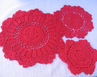 Red Christmas Doilies, Set of SEVEN, Cotton Crochet Doilies, Table Linens, Party Doilies, Three Sizes, Red Coasters, Red Doilies, Christmas