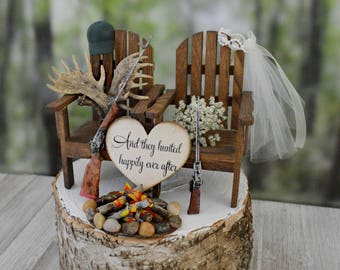Moose rack themed hunting wedding cake topper shot guns rifles M&Mrs signs campfire fire pit hunter antlers hunting bride and groom rustic