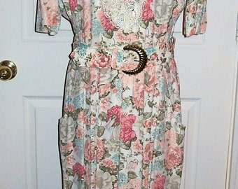 Vintage 80s Ladies Floral Print Dress by SL Fashions Large Only 12 USD